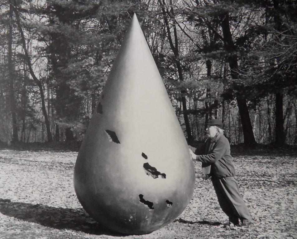 Uno scultore kamikaze e zen: Kenjiro Azuma